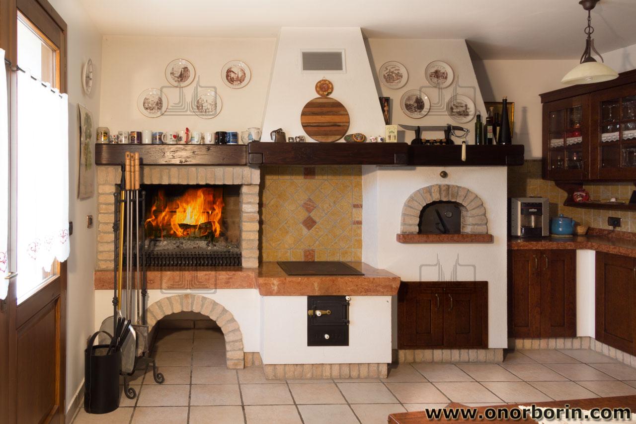 Cucinare Con La Cucina A Legna.Spolert A Legna Friuli Onor E Borin